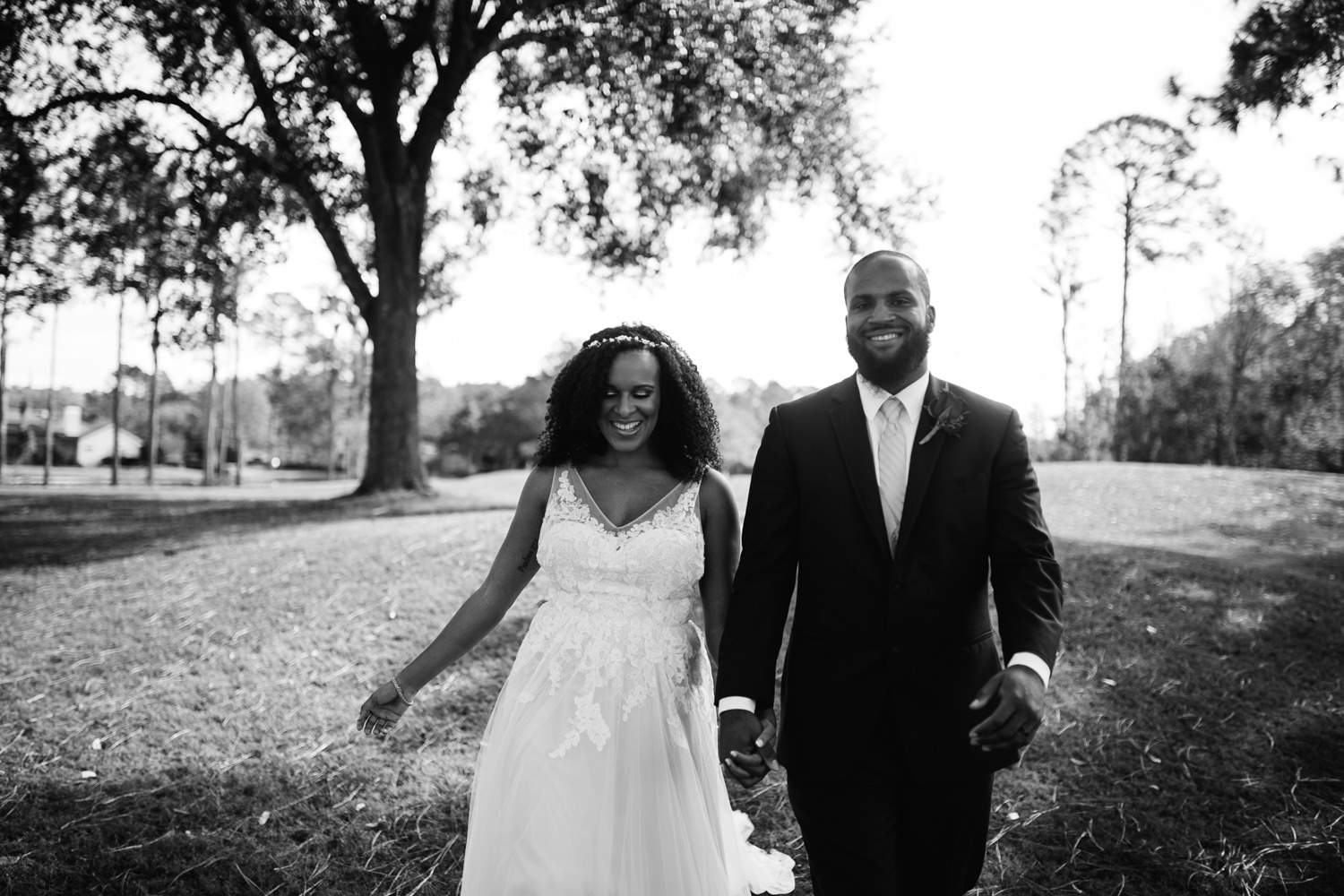 black and white wedding day photos