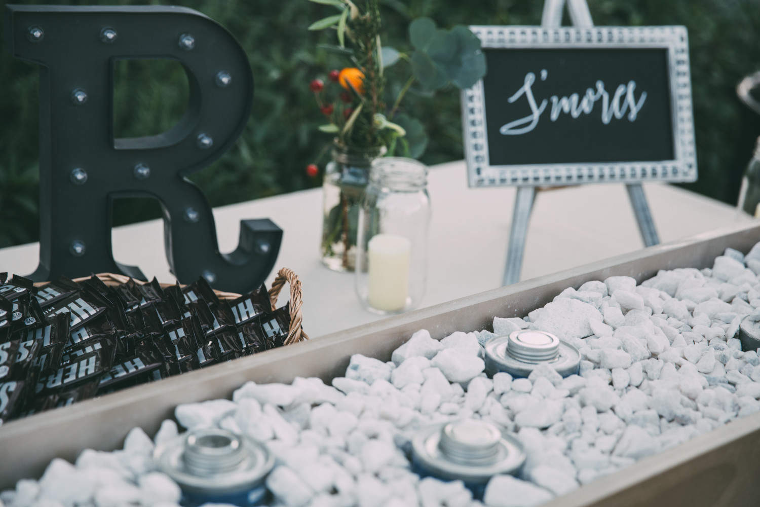 Texas Winter Wedding, Austin,TX, The Inn at Old School, dessert table, s'mores bar, wedding details