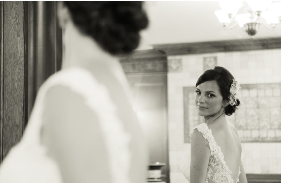 lairmont, lairmontwedding, lairmont wedding, bridal preparation, bridal reflection
