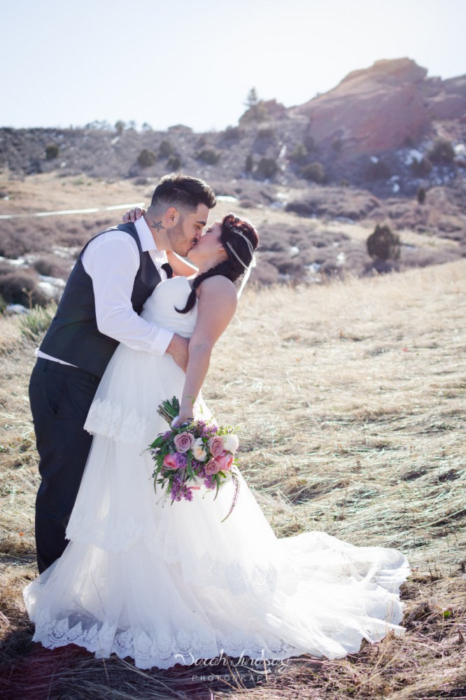 WM-styled-shoot-red-rocks-colorado-elopement-winter-sarah-lindsay-photography-1146-933x1400