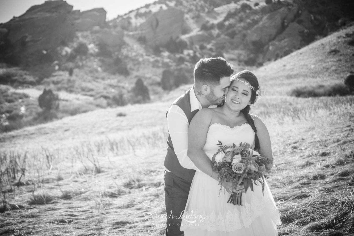 WM-styled-shoot-red-rocks-colorado-elopement-winter-sarah-lindsay-photography-1308-2000x1333