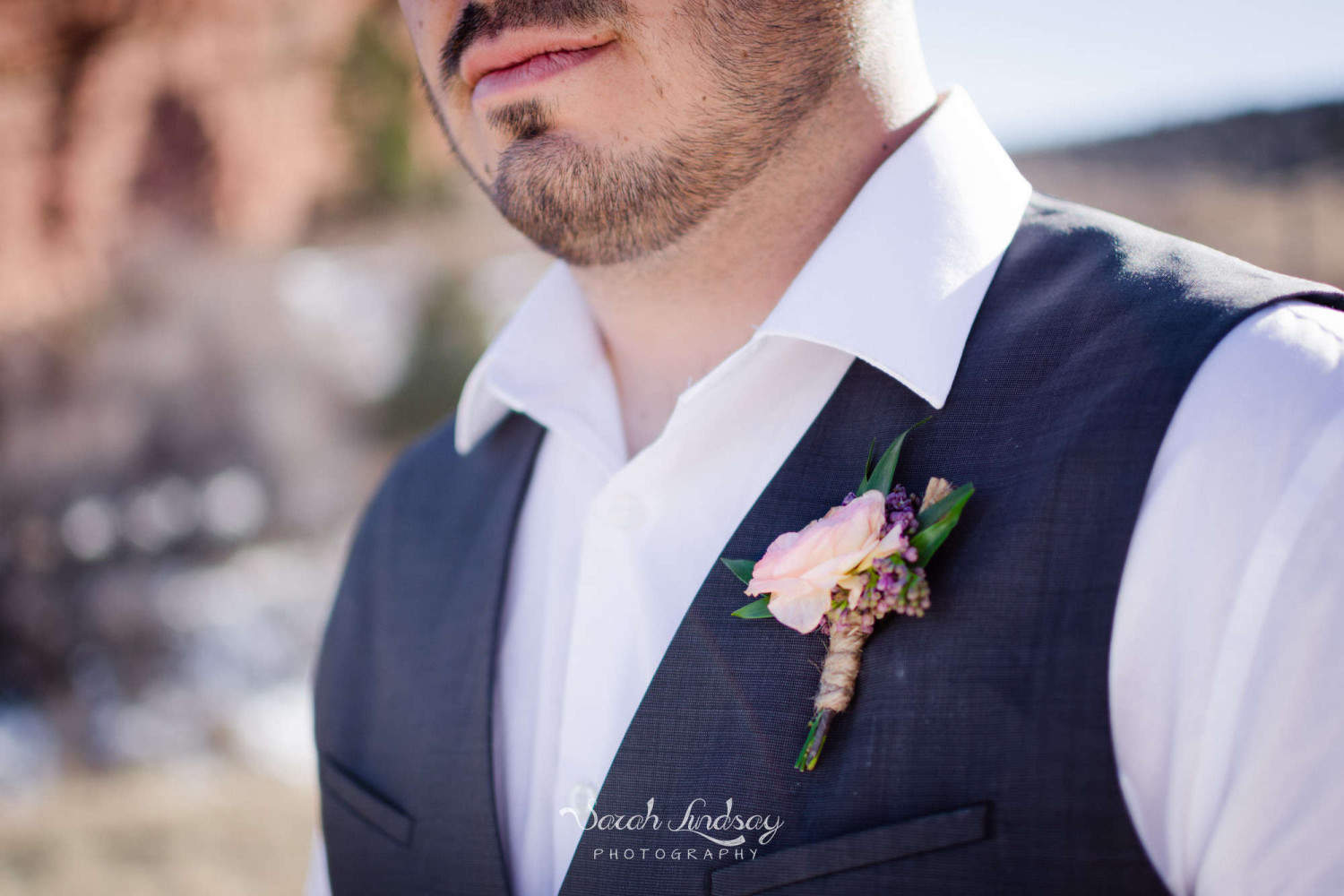 WM-styled-shoot-red-rocks-colorado-elopement-winter-sarah-lindsay-photography-1369-2000x1333