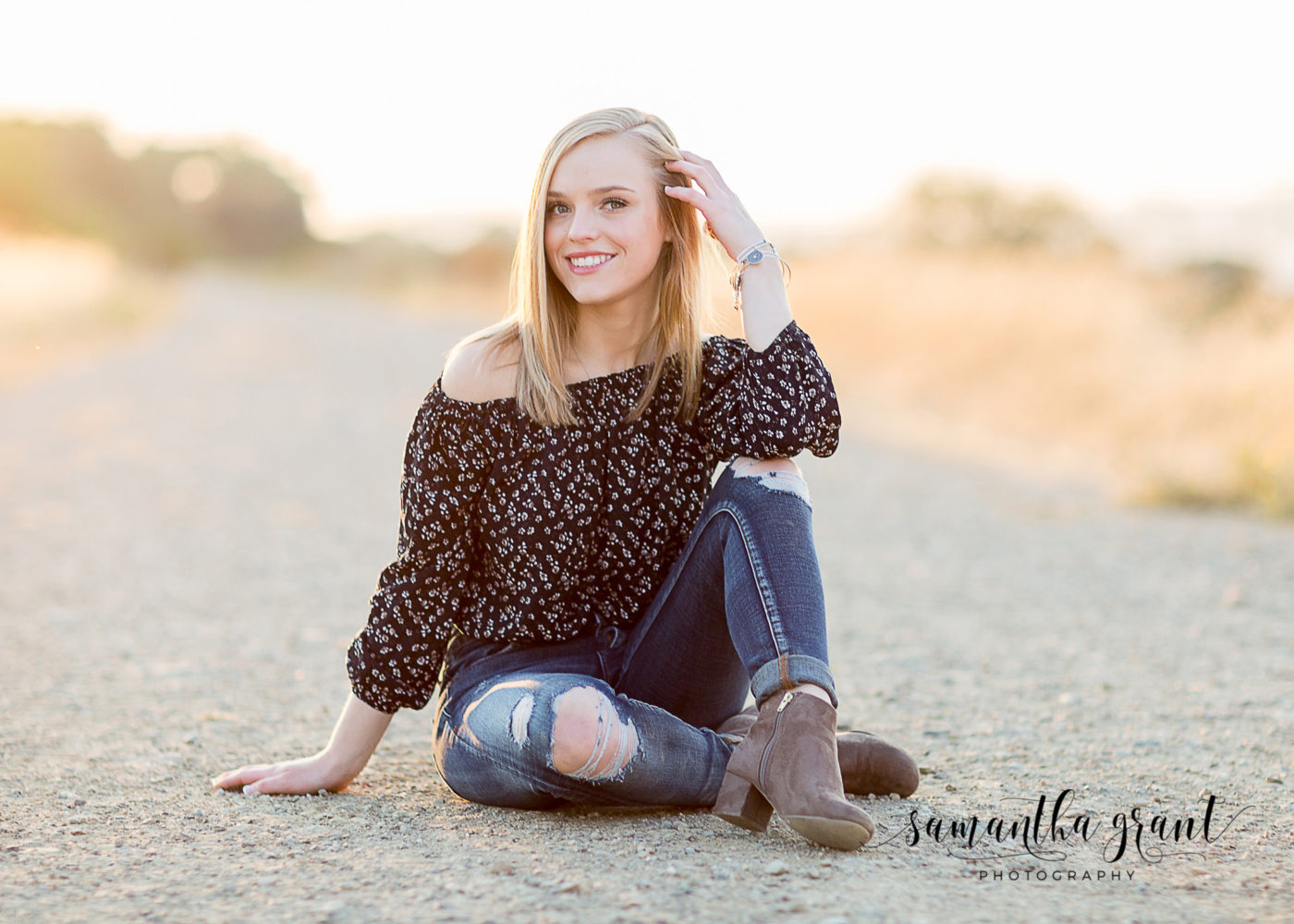 Senior portrait by Samantha Grant Photography