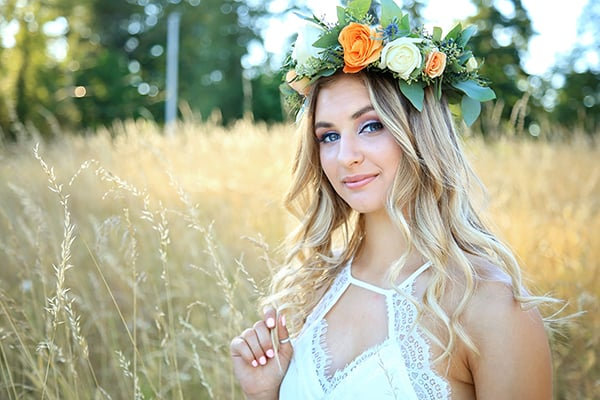 Senior portraits in a summer field with a flower crown, Tara Giles Photography, Puyallup senior photographer