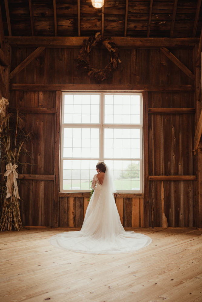 Amanda Steffke Photography - Bride Barn