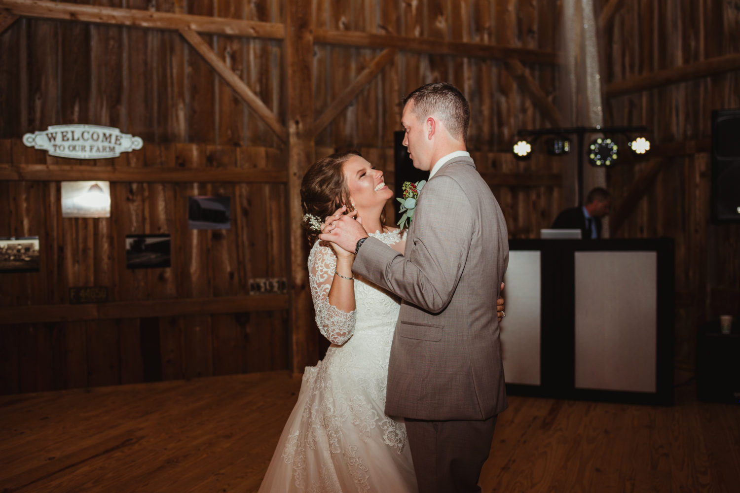 Amanda Steffke Photography - First Dance